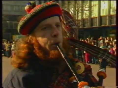 The third St.Patrick's Parade in Moscow - 1994 .